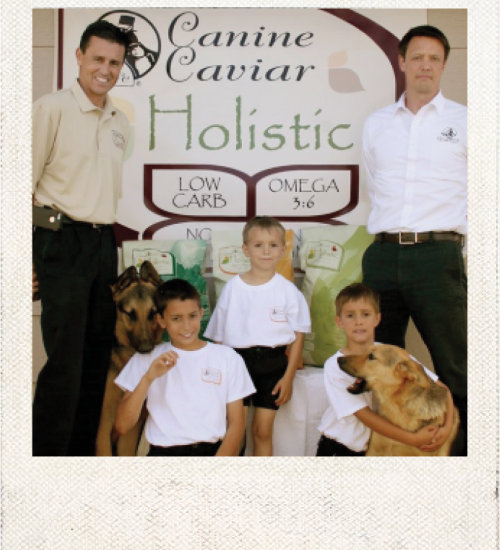 Family Dog Photo - Canine Caviar Pet Foods Inc.